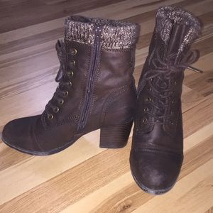 JustFab Boots Brown Laced Size 7.5